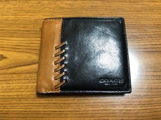 コーチ 二つ折り 財布